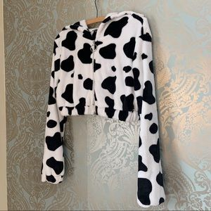 SHEIN Cow Pattern Fuzzy Cropped Hooded Sweater